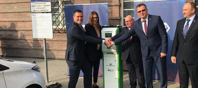 PKP S.A. commissions the first EV charging stations